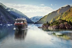 MS Roald Amundsen Hurtigruten Alaska